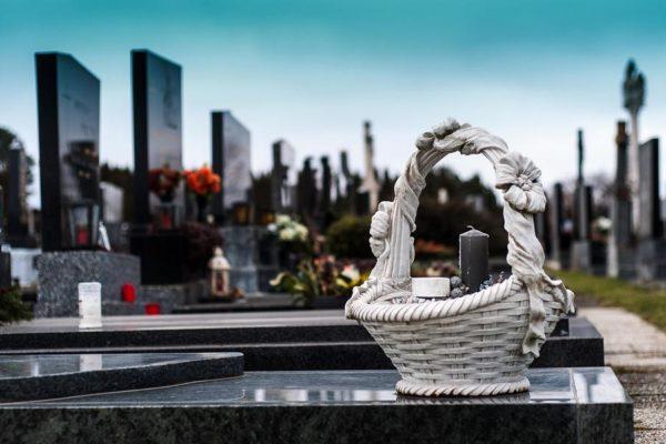 Wir unterstützen Trauerkultur an Allerheiligen und Totensonntag