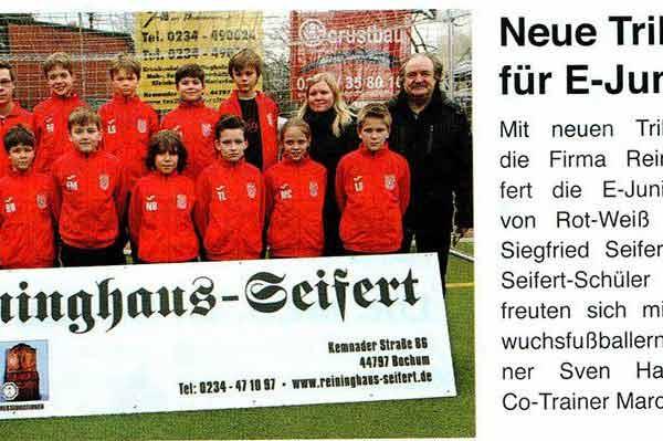 Stiepeler Bote: Neue Trikots für E-Junioren